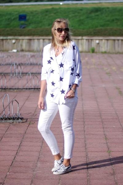 esmara jeans - takiyas Yesstyle blouse - H&M sneakers