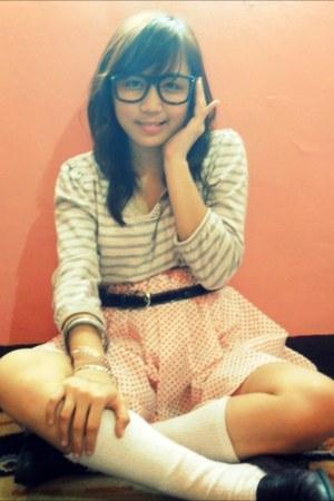 belt - glasses - long sleeves blouse - skirt - flats