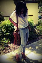 BDG jeans - white Bella shirt - street level bag - Steve Madden heels