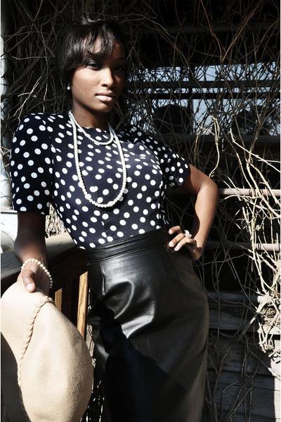 blue vintage dress - black vintage skirt - beige vintage hat