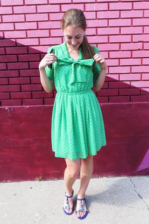 green polka dot Forever 21 dress - blue modcloth sandals