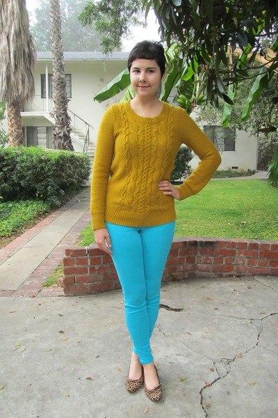 gold Target sweater - aquamarine Bebe jeans - bronze Aura by Lodi flats