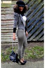 Dark-khaki-next-pants-beige-2nu-bodysuit-black-2nu-heels