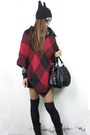 Black-2amstyles-bag-brick-red-grid-knitting-2amstyles-cape