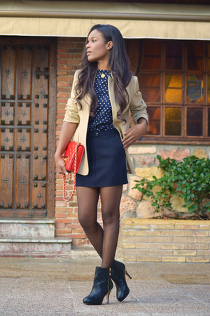 cream Zara blazer - black Zara boots - red Chanel bag - navy Mango blouse