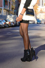 Black-fama-boots-black-massimo-dutti-dress-white-el-corte-ingles-vest