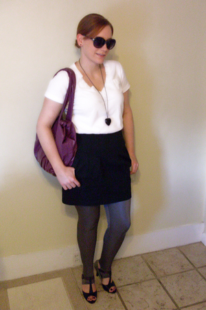 Target t-shirt - Urban Outfitters skirt - Urban Outfitters leggings - forever 21