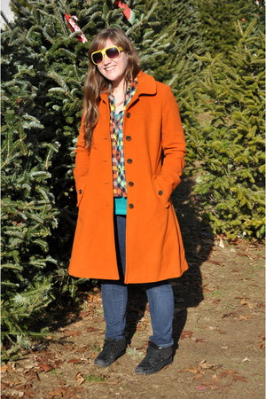 carrot orange Lands End coat - black Mix No9 boots - navy Levis jeans