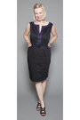 Navy-belted-cheeta-b-dress-black-dress