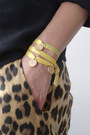 yellow 3 Wind Knots bracelet