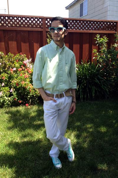white American Eagle jeans - aquamarine Converse shoes