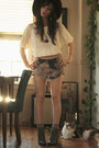Gray-lace-up-urban-outfitters-boots-maroon-floppy-forever-21-hat