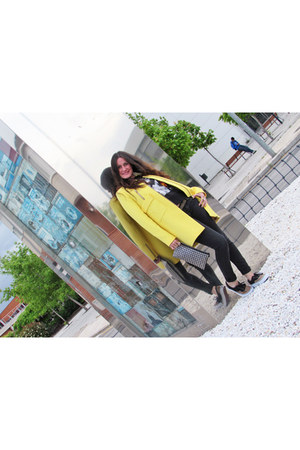 yellow Zara coat - black Vans sneakers