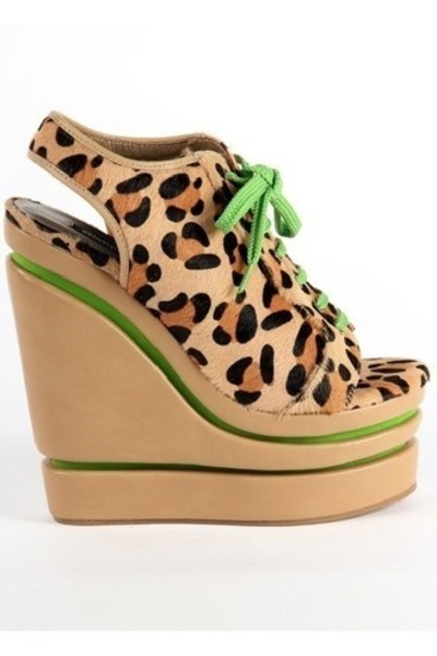 Senso wedges