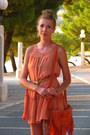 Carrot-orange-fringes-primark-bag-light-orange-ruffles-h-m-dress