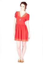 8000Nerves dress