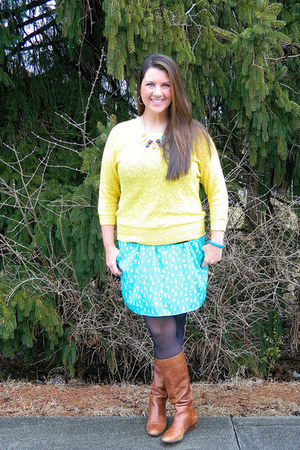 tawny Madden Girl boots - yellow Loft sweater - aquamarine francescas skirt