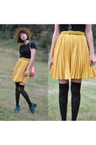 bunny bag PepaLoves bag - skirt and boots Chicwish boots