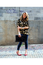 navy Forever 21 jeans - black vintage purse - gold vintage blouse