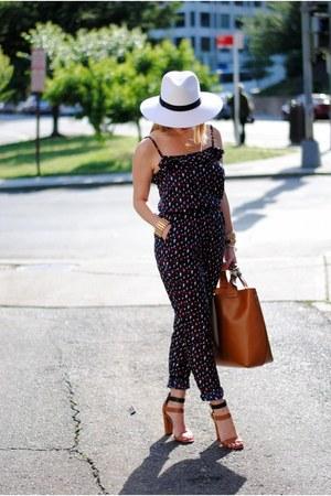 navy MNG for JCP jumper - white Target hat - tan Zara bag - tan Zara sandals