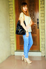 Sky-blue-jeans-black-kenneth-cole-reaction-bag-eggshell-sofab-heels