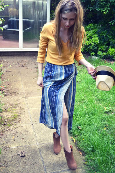 River Island boots - random hat - Mango jumper - thrifted vintage skirt