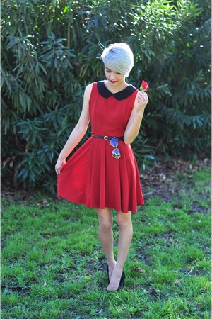 black studded Forever 21 belt - ruby red modcloth dress