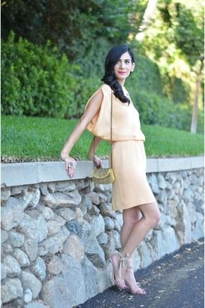 peach vintage blouse - nude Christian Louboutin heels - peach vintage skirt