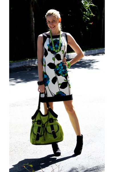 black IN Studio dress - lime green Chateau bag - black Forever 21 pumps