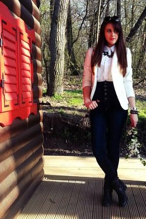 ivory blazer - black boots - navy jeans - white shirt - dark gray accessories