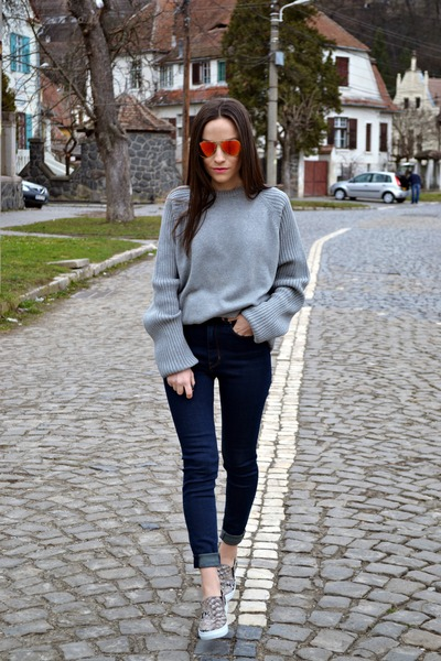 Zara jeans - carrot orange Ray Ban sunglasses - heather gray Timberland blouse
