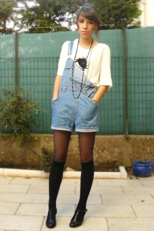 thrifted - Zara shirt - H&M socks - texto shoes
