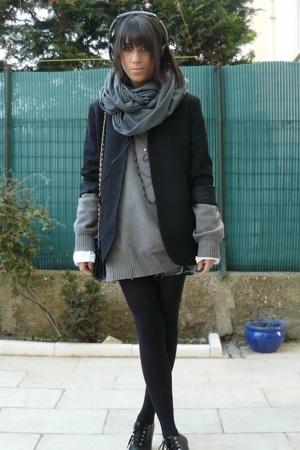 caroll jacket - Zara sweater - American Apparel scarf - H&M shorts - Les Quais d