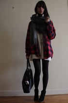 Episode shirt - American Apparel scarf - Zara sweater - Wolford tights - Creeks