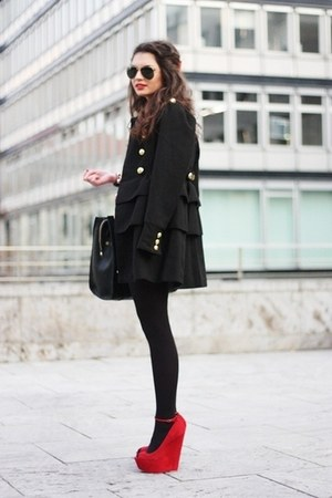 black coat - red wedges