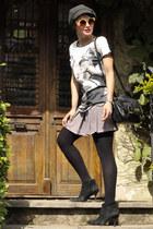 black Vintage store boots - black Morango Bijoux bag - gold Marisa sunglasses