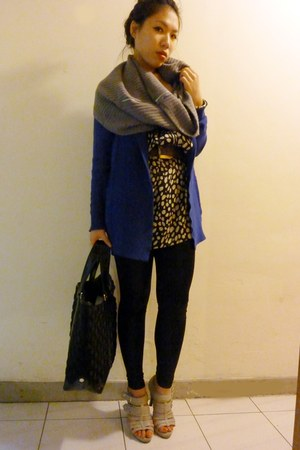 blue cardigan - black dress - beige shoes - black Marc by Marc Jacobs bag - gray