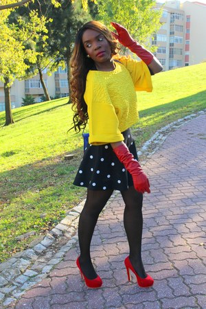 H&M sweater - red Primark shoes - blue Parfois bag - black H&M skirt