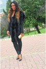 Black-stradivarius-leggings-black-blanco-blazer-black-zara-heels