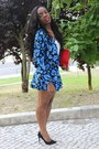 Blue-primark-jacket-red-zara-bag-blue-primark-skirt-black-zara-pumps