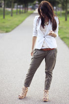 blazer - t-shirt - belt - pants - shoes