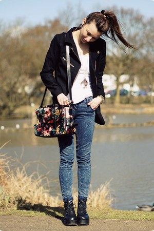 bag - H&M coat - Internacionale jeans