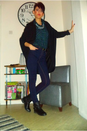 navy Stradivarius jeans - dark green Stradivarius shirt - black H M cardigan