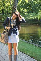blue Zara blazer - beige Burberry scarf - black Mango glasses