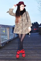 red chiffon EMODA wedges - light brown leopard H&M coat