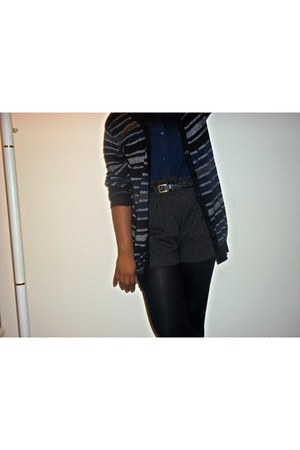 dark gray Forever 21 shorts - navy Divided for H&M blouse