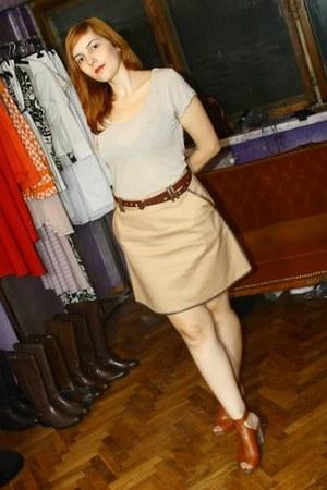 burnt orange DKNY sandals - camel a-shape GINA TRICOT skirt