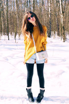 off white Topshop bag - mustard American Eagle Outfiters jumper