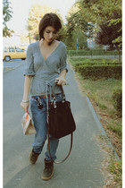 cotton H&M cardigan - leather boots - boyfriend jeans Tinddo jeans - bag