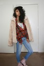Red-floral-print-doc-martens-boots-tan-faux-fur-vintage-coat